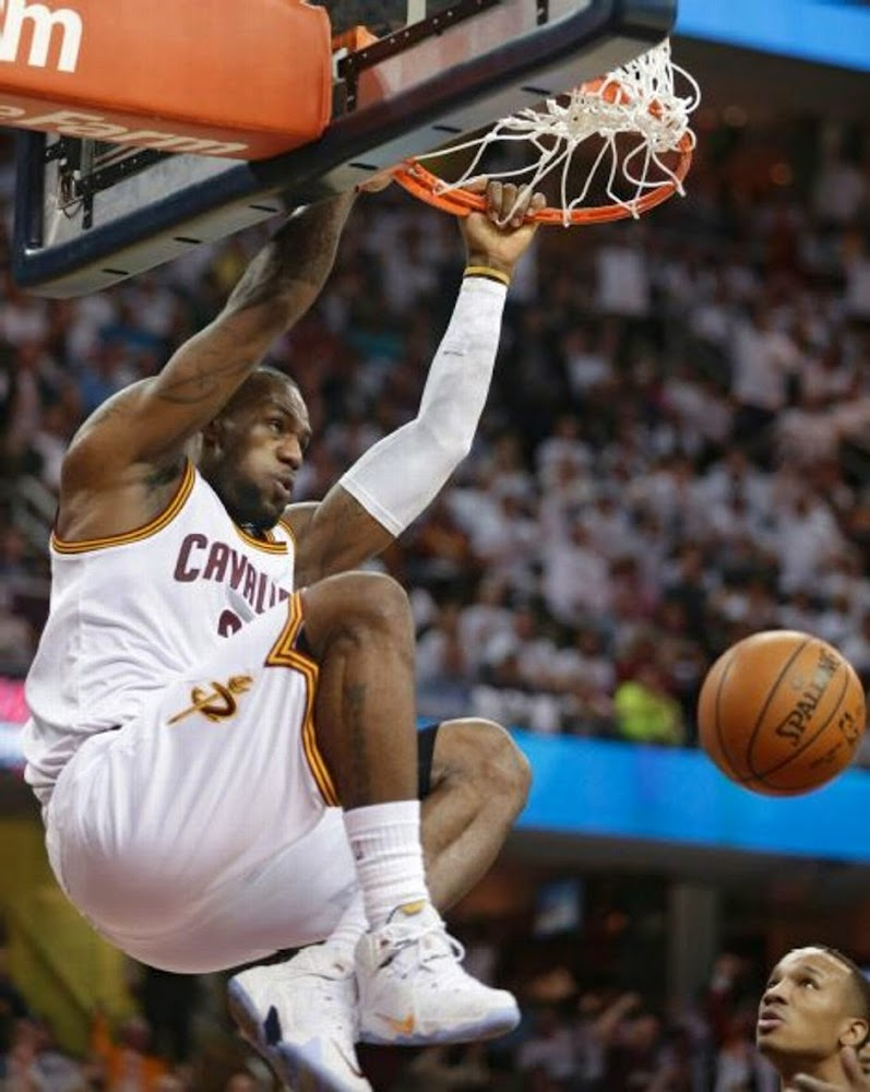 NIKE LEBRON – LeBron James Shoes » LeBron Switches Out of Elites Into Regular LeBron 12 PE in ...
