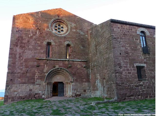 castillo-monasterio-de-escornalbou.JPG