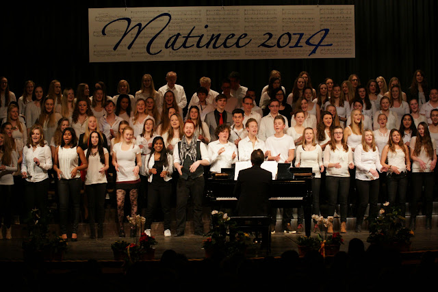 resized_Matinee 2014Fr   095.jpg