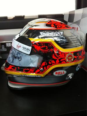 шлем Жерома Д'Амброзио специально для домашнего этапа в Спа на Гран-при Бельгии 2011 вид сбоку