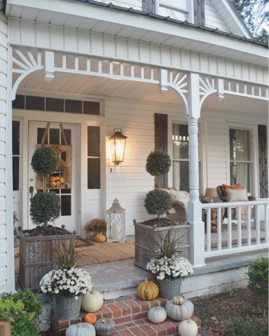Fall-Front-Porch-Little-White-House-Blog