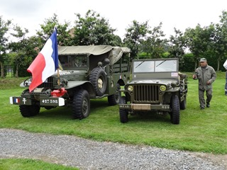 2015.08.15-026 véhicules militaires