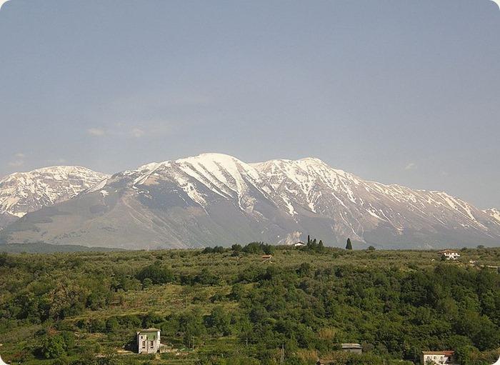 Abruzzo-_vicino_Majella_01_(RaBoe)