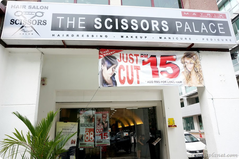 The Scissors Palace Review7