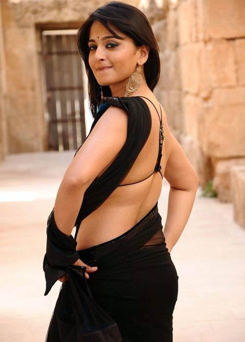 anushka-shetty-hot-pics-33