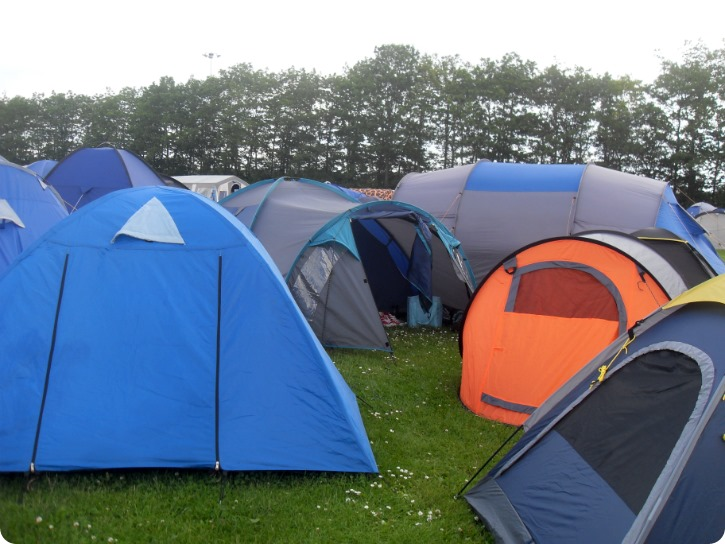 RF15 - Medarbejdercamp - vores telt mellem andres