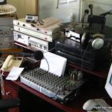 O antigo estúdio da Comunitária. Raduga na tela, mesa Staner e equipamentos doados por diversas pessoas.