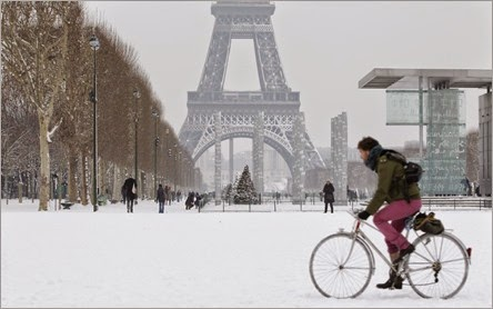 neige-tour-eiffel1-1024x594