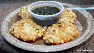 Sabudana vada with pudina chutney. Indian street food snack. India