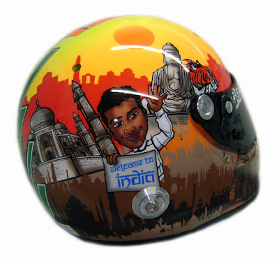 шлем Нараина Картикеяна для Гран-при Индии 2011 - вид справа