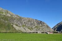 Kurz vor Andermatt. Blick auf den Rücken des Bäzberg, eines der Schmankerl meiner 2016er Tour in der Süd-Ost-Schweiz. Da gehts gleich hinauf...