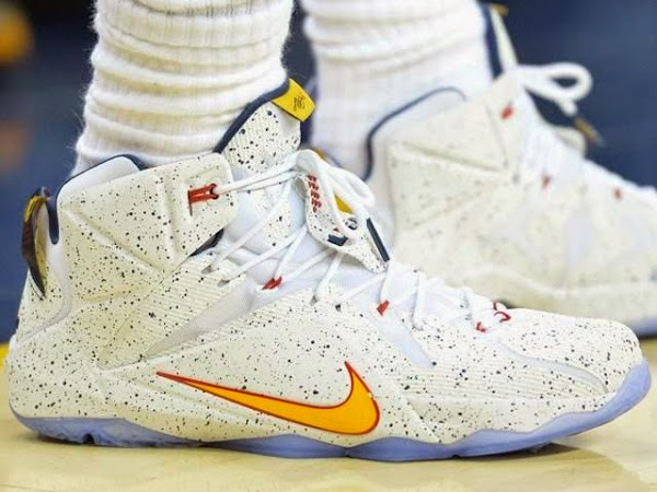 LeBron Switches Out of Elites Into Regular LeBron 12 PE in Game Two