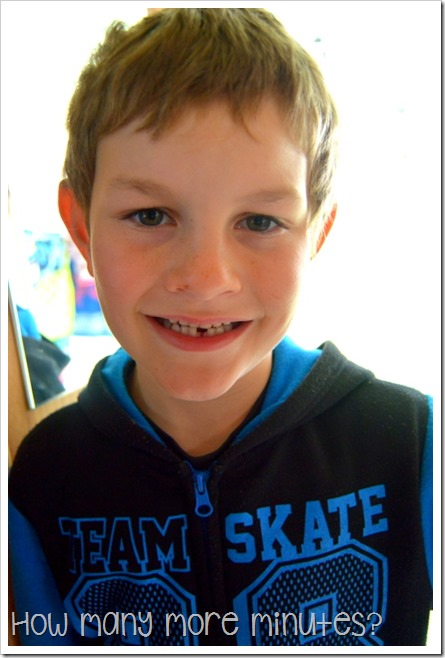 Losing that first tooth in Port Macquarie | How Many More Minutes?