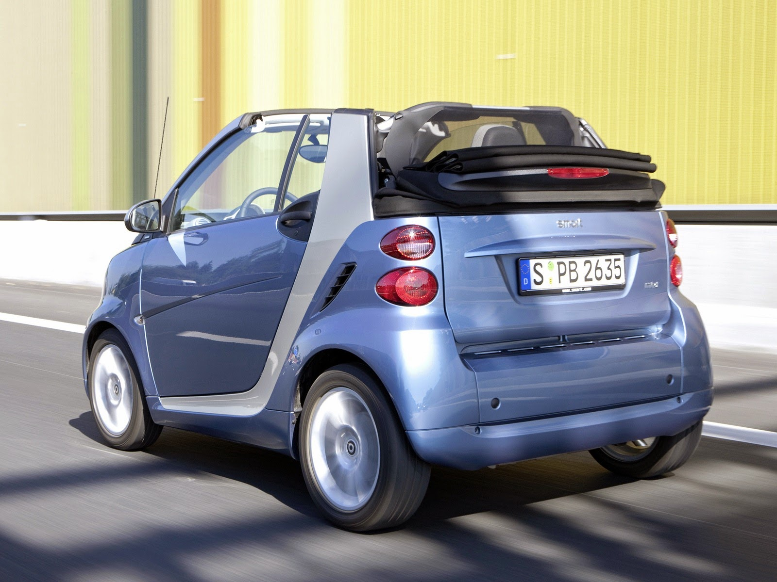 [autowp.ru_smart_fortwo_cabrio_30%255B3%255D.jpg]