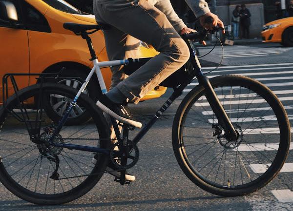 Alternatif Jenis Sepatu Yang Cocok Buat di Pakai Untuk Sepeda Harian