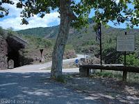 Vom breiten Tal zur schmalen Schlucht: Die Schlucht Gorges de Daluis von Guillaumes nach Entrevaux.