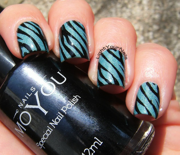 Stamping nail art with MoYou Nails 219 plate, MoYou Nails black stamping polish and Colour Alike 512