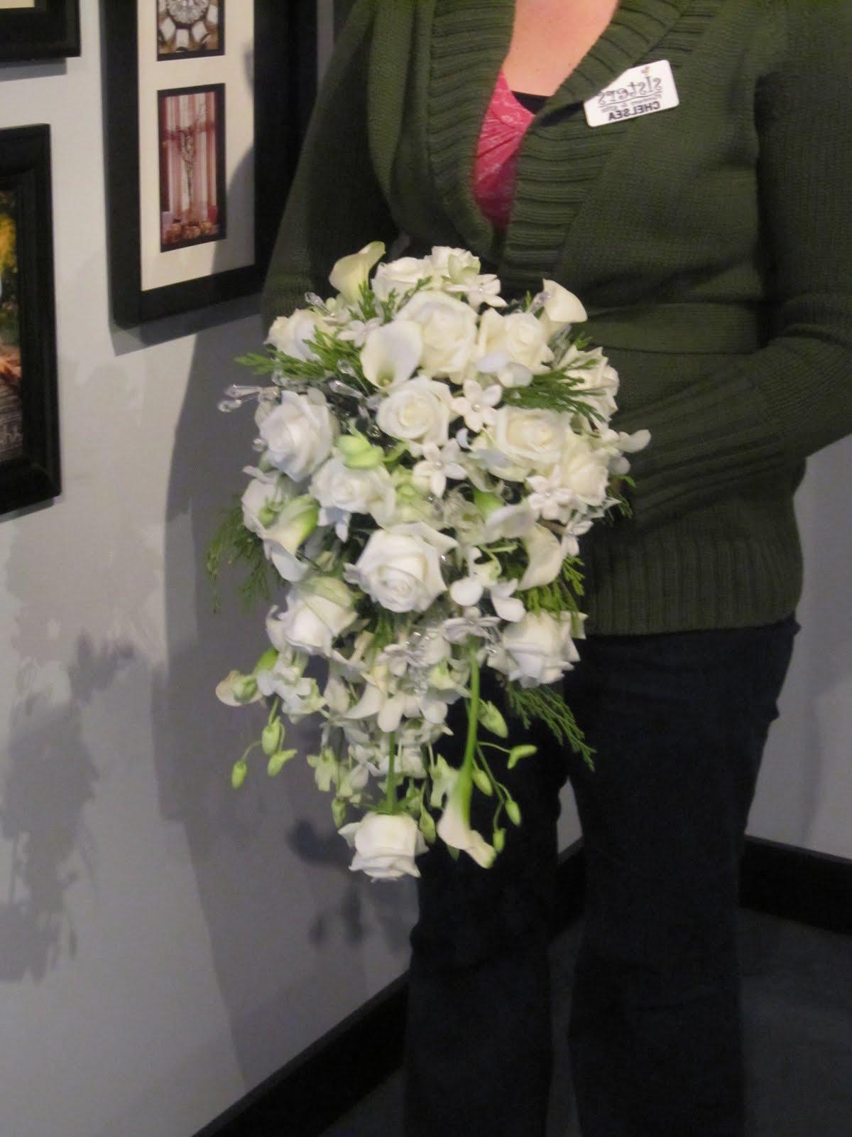 wedding bouquet cascade real
