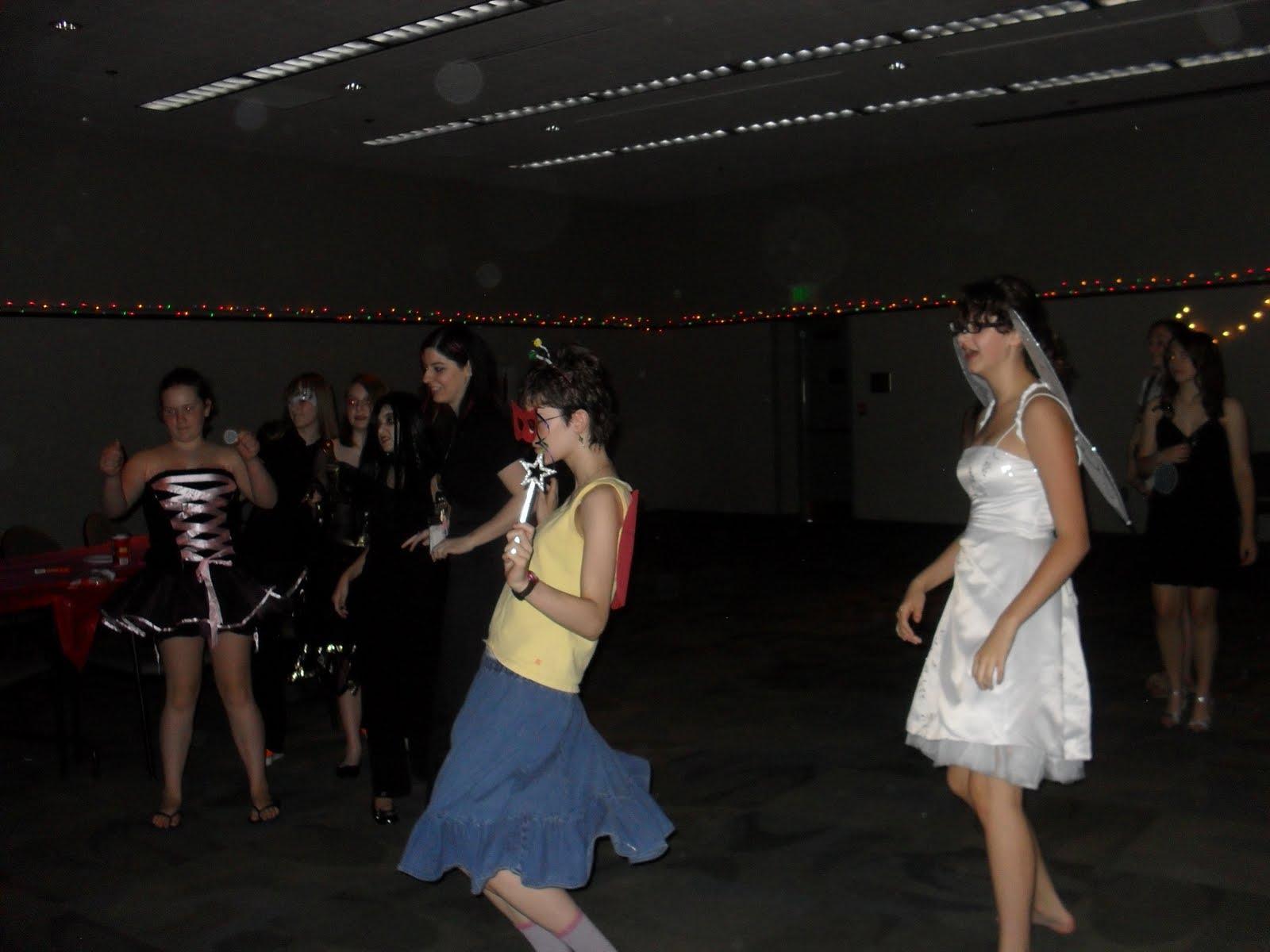masquerade wedding ideas