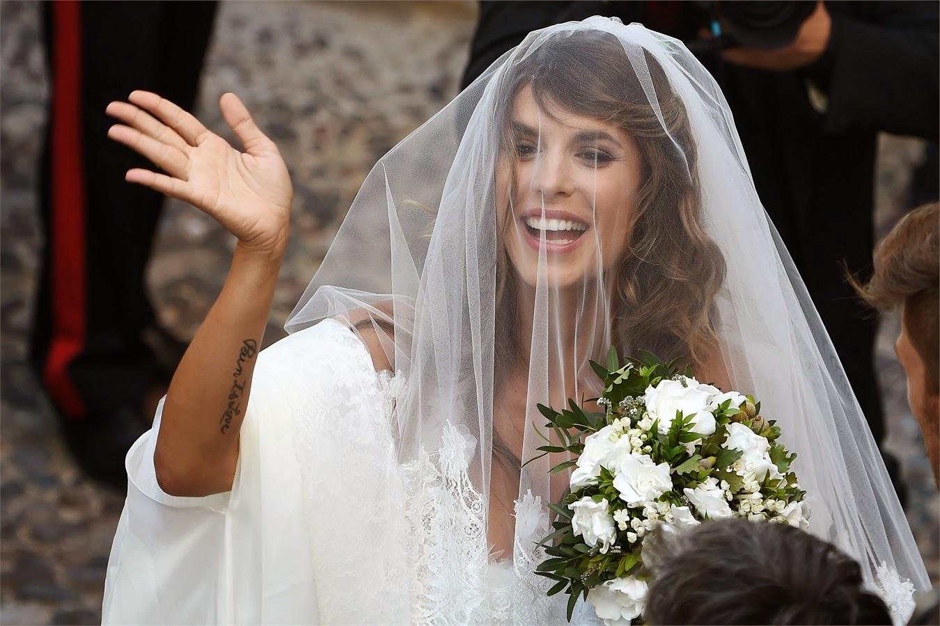 Lacconciatura da sposa con velo lungo con Pinkblog - acconciature sposa con  velo 288ff01339db