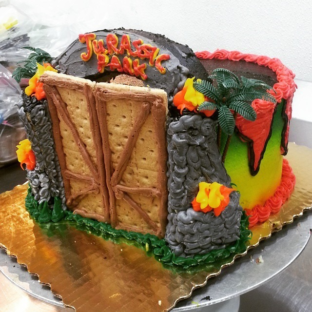 Jurassic Park Cake by Katie from Escape to Asguard