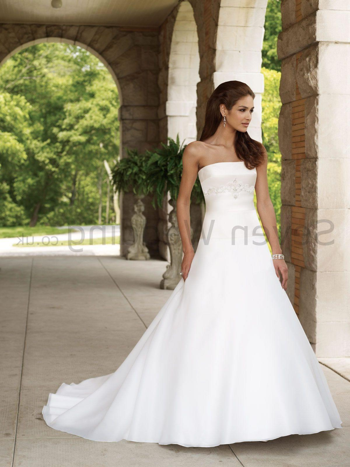 abstract strapless wedding