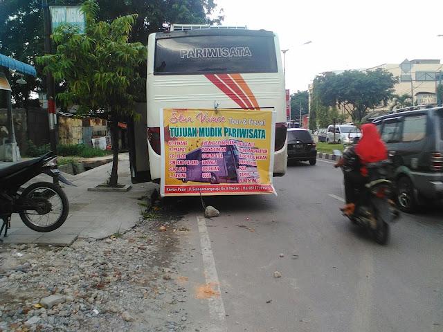 Letda Sujono di Padati Pemudik, Bus Pariwisatapun jadi Alternatif