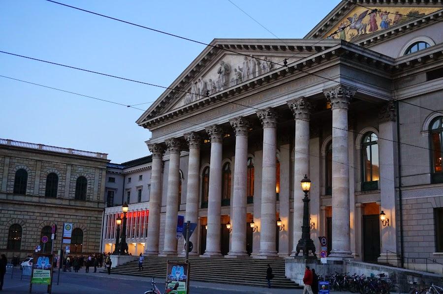Национальный театр Мюнхена