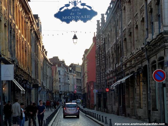 rue-de-la-monnaie-lille.JPG