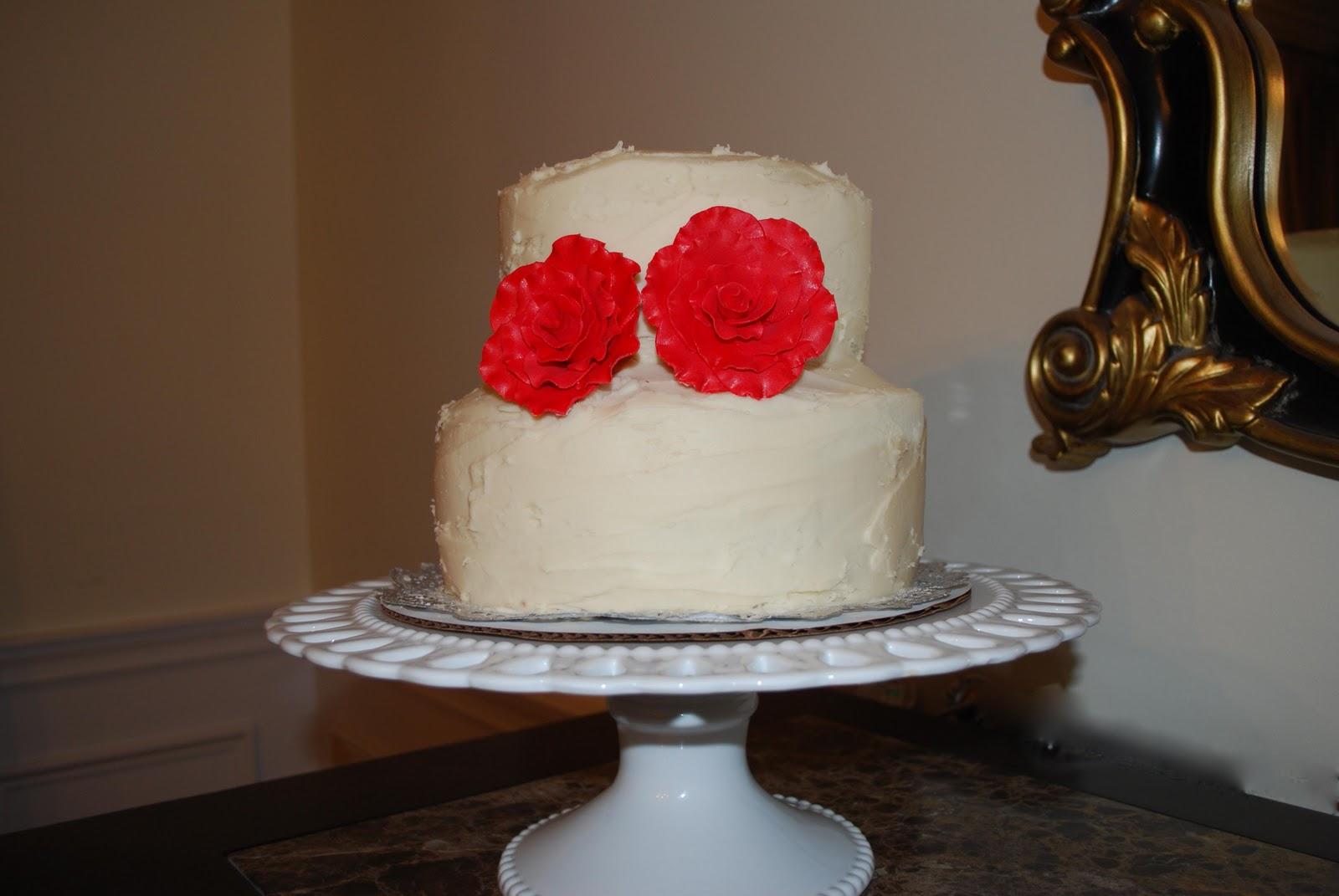fondant wedding cakes.