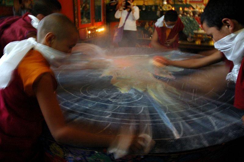 tibetan-sand-mandala-15