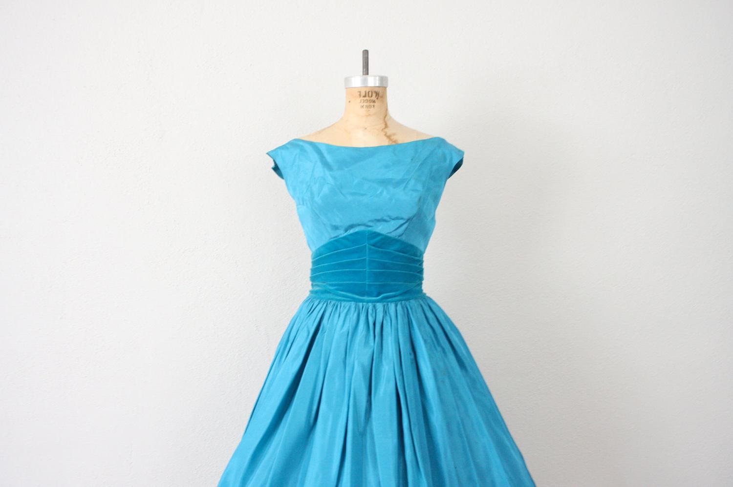 Holiday Sale    1950s New Look Cocktail Dress in Teal Satin and Velvet .