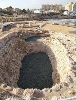 Cisterna de la Edad del Bronce - Illeta dels Banyets - El Campello