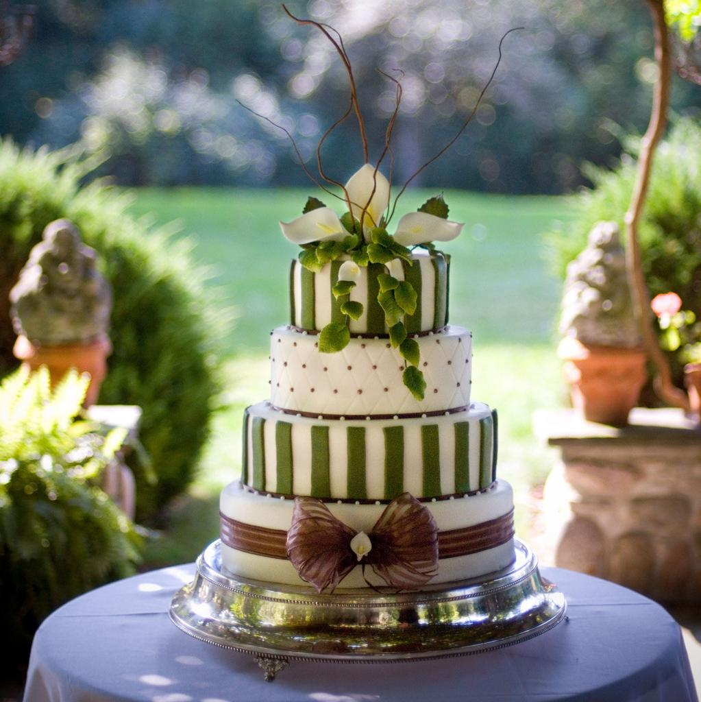 An example of a wedding cake