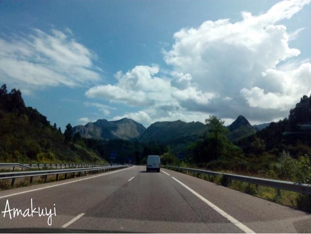 Cielos-inspiradores-carretera-y-manta-fotos