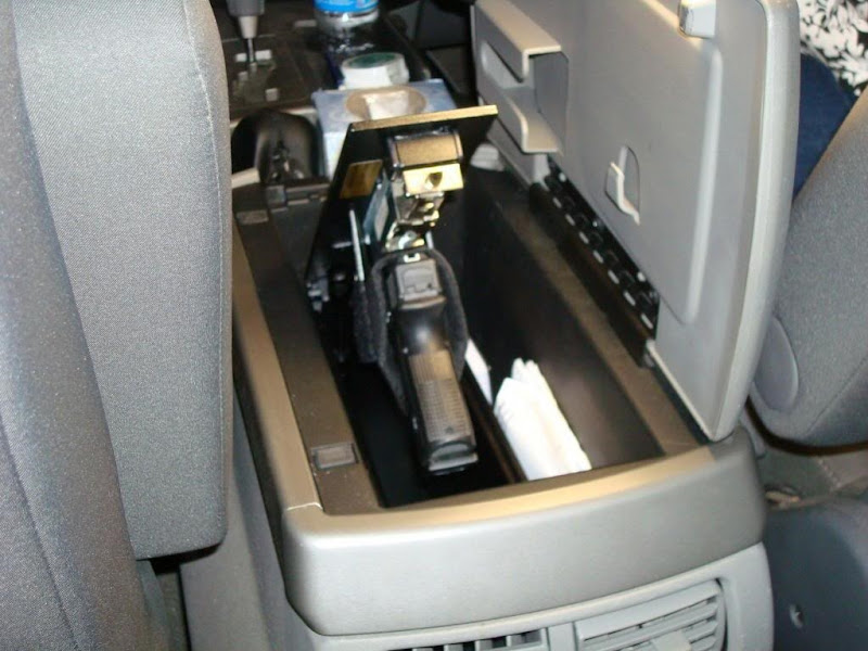 hiding a gun in your car easily (17)