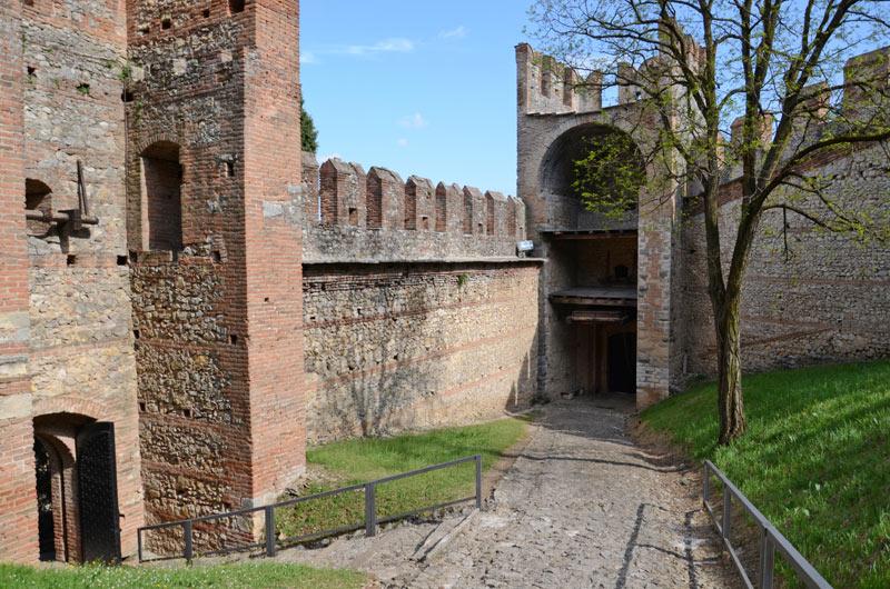 Castello Soave 07