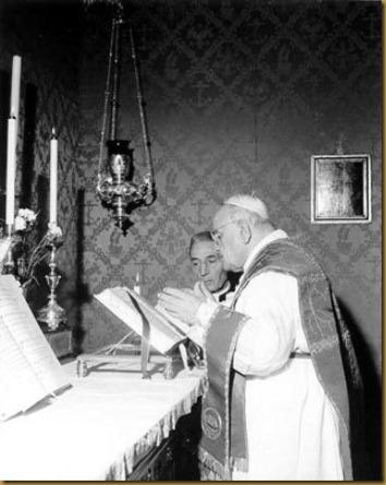 SAN JUAN XXIII EN MISA