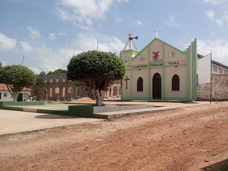 à°Igreja do Santissimo Salvador - Apicum-Açu, Maranhao, fonte: pagina Facebook Apicum-Açu