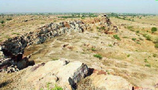 Prehistoric cave art near Agra in peril