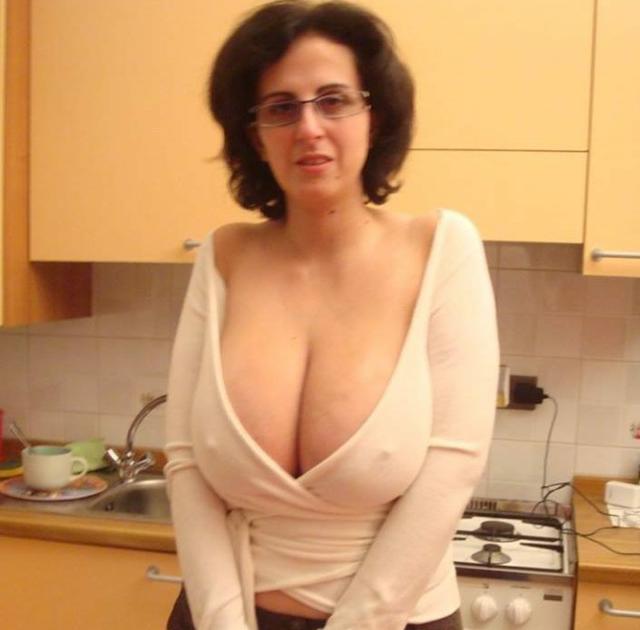 masturbatsiya-zhenskaya-v-kolgotkah