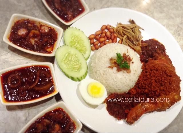 rail canteen, nasi lemak sedap
