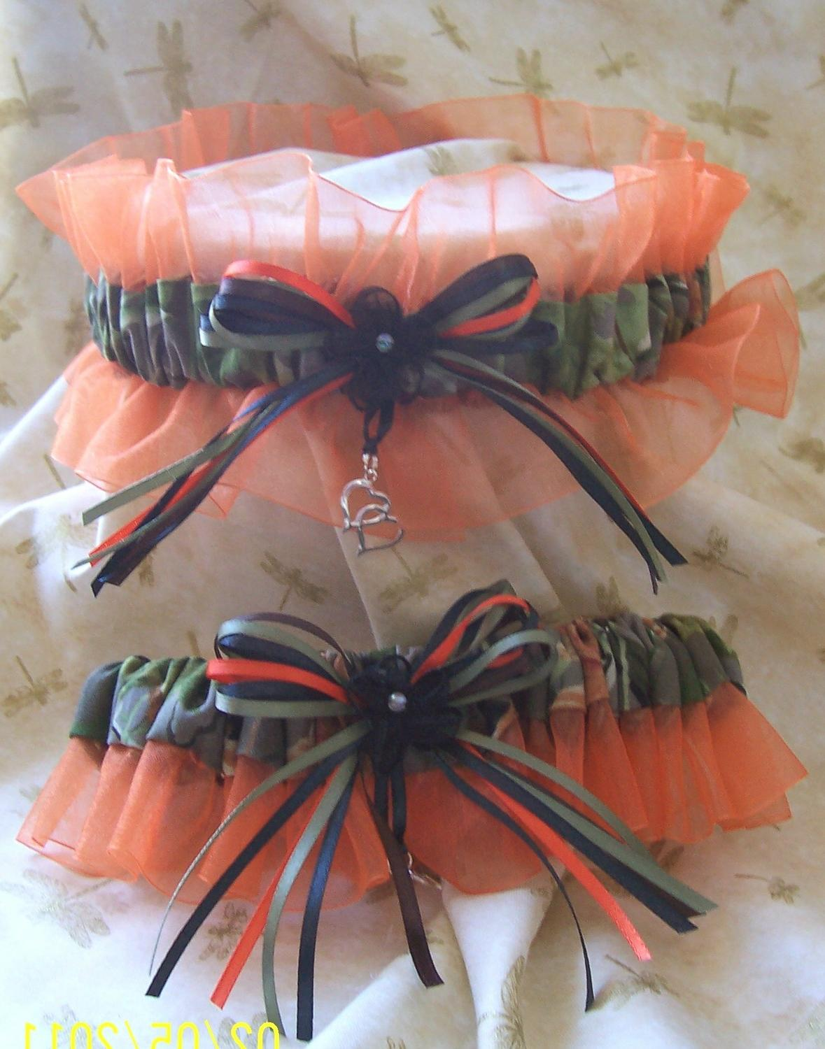 These garters are made of