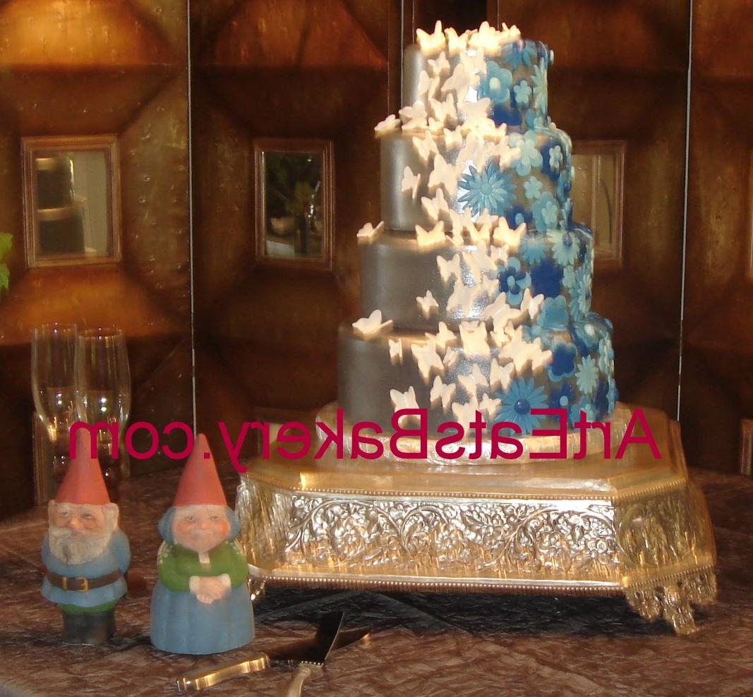 silver and blue wedding cakes