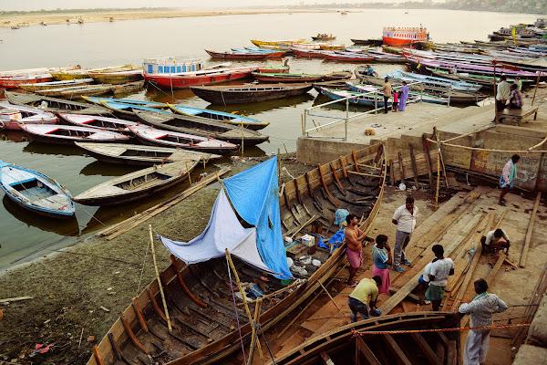 ганг, лодки, лодочники