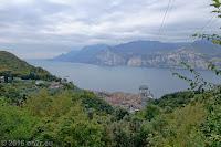 Unten liegt Malcesine, von wo aus die Kabinenbahn hoch auf den Monte Baldo geht.