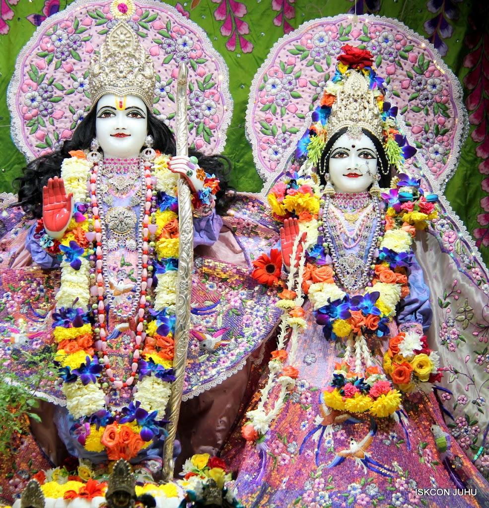 ISKCON Juhu Sringar Deity Darshan 11 Feb 16 (25)