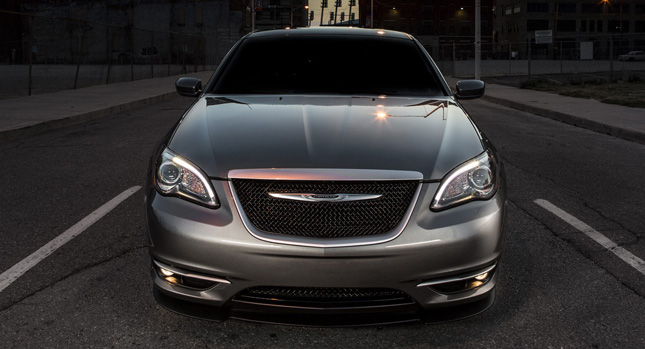 Chrysler 200 S Special Edition 3