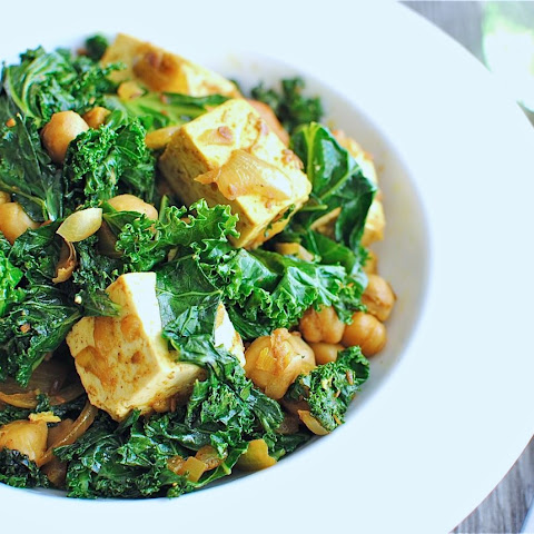 Quick Curried Chickpeas with Tofu and Kale