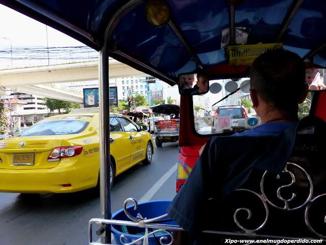tuktuk-bangkok.JPG